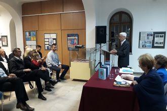 """""""Просвјета"""" представила збирке поезије """"Песме"""" и """"Песме за децу"""" аутора Данила Чутурила"""